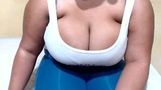 HOT_AFRICANFIGUER Webcam