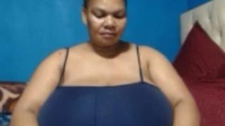 BustyBubblessXXx Webcam